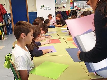 Los alumnos del C.R.A de Monfarracinos aprenden y se divierten con Románico Atlántico
