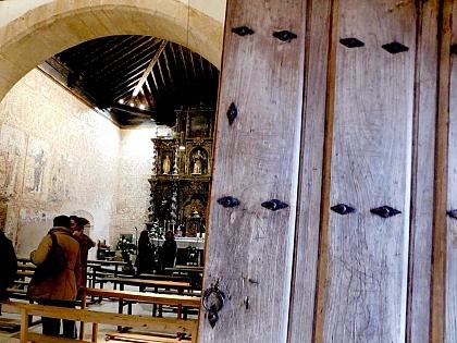 Concluídas as obras de restauração das pinturas murais e de iluminação da igreja de Muga de Alba