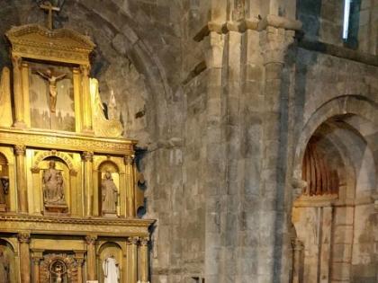 The Atlantic Romanesque fills the church of San Martín de Castañeda with music