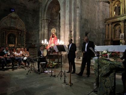 Música medieval en la iglesia de San Martín de Castañeda